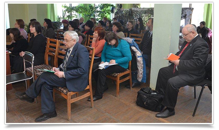 В центральной библиотеке Славянска состоялась презентация исторического альманаха (фото) - фото 2