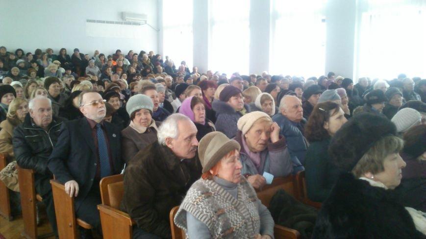 Днепродзержинские пенсионеры вспоминали комсомольское прошлое и решали территориальное будущее города, фото-1