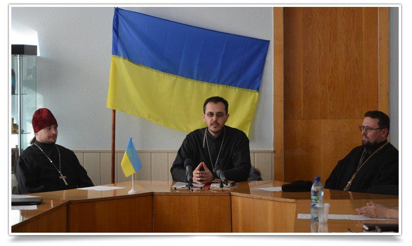 В Славянске прошёл Круглый стол Церквей (фото) - фото 1