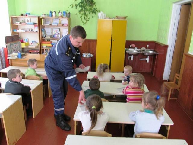 На Житомирщині рятувальники  проводять відпрацювання населених пунктів (фото) - фото 1