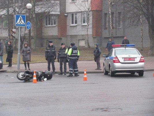 На ул. Горького «Фиат» столкнулся с мопедом: водитель доставлен в больницу (Фото), фото-4