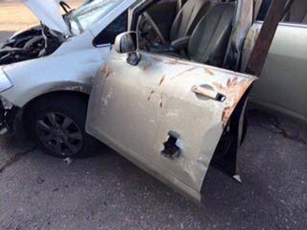 Одесский нардеп опубликовал фото своего расстрелянного автомобиля (ФОТО) (фото) - фото 1