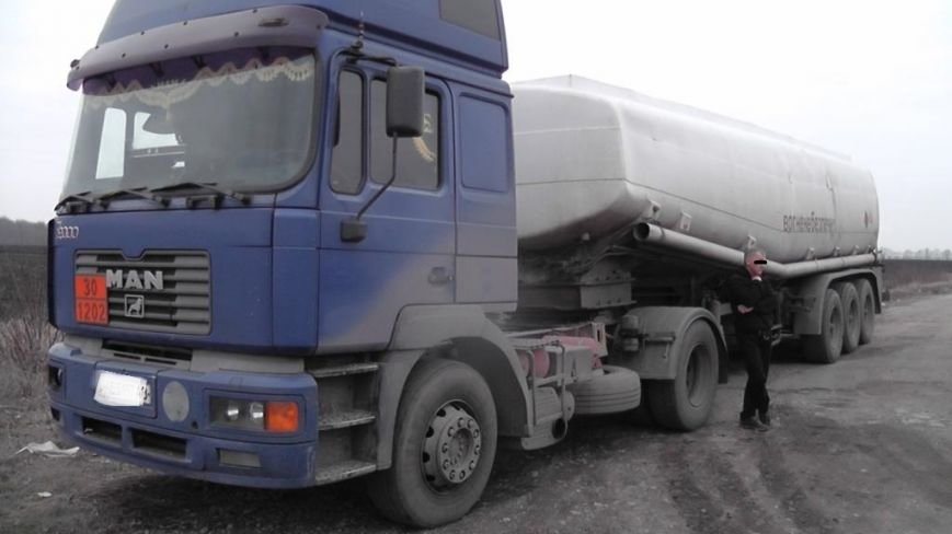 Працівники ДАІ Кіровоградщини оперативно розшукали водія вантажівки, який тяжко травмувавши пішохода, втік з місця наїзду. ФОТО (фото) - фото 1