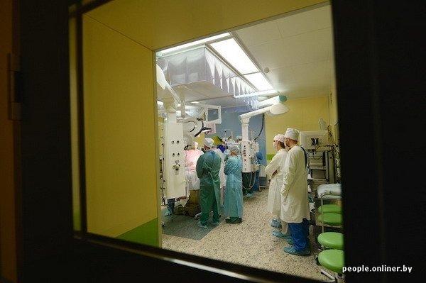 Фоторепортаж: как гродненские хирурги спасают детские жизни в операционной, фото-28