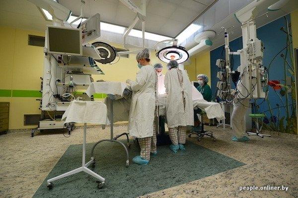 Фоторепортаж: как гродненские хирурги спасают детские жизни в операционной, фото-10