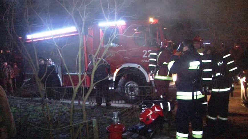 Через пожежу на Львівщині, вночі довелось евакуювати 37 людей (ВІДЕО, ФОТО), фото-1