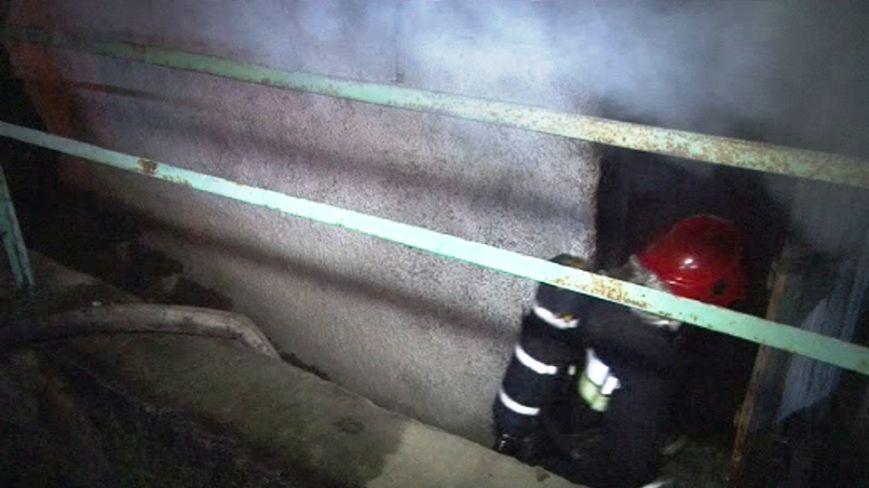 Через пожежу на Львівщині, вночі довелось евакуювати 37 людей (ВІДЕО, ФОТО), фото-4