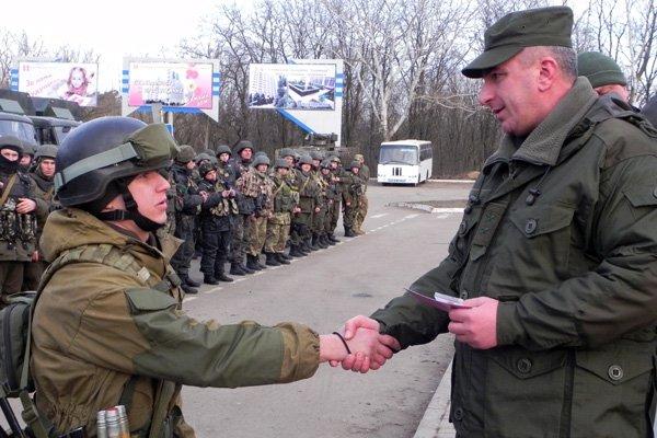 В Мариуполе и.о. командующего Нацгвардией наградил военных (ФОТО), фото-3