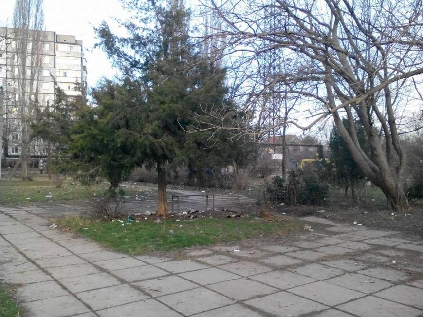ФОТОФАКТ: Спальные районы и окраины Симферополя утопают в мусоре, фото-5