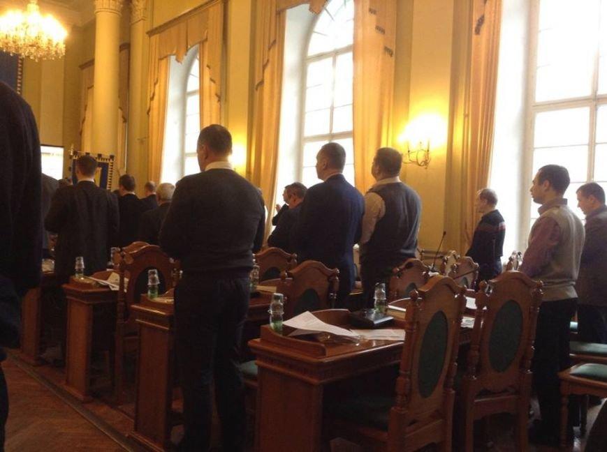 ФОТОФАКТ: львівські депутати помолились за життя українських військових, фото-1