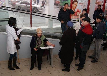 Николаевцев бесплатно проверили на диабет и гипертонию (ФОТО) (фото) - фото 3