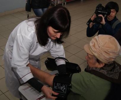 Николаевцев бесплатно проверили на диабет и гипертонию (ФОТО) (фото) - фото 2