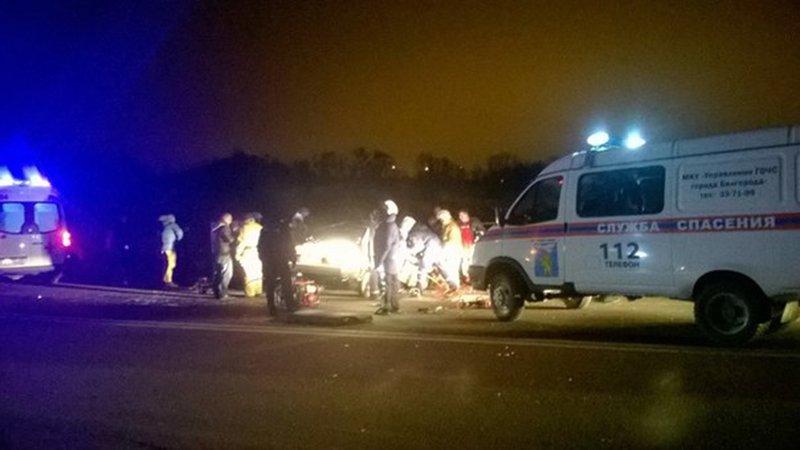 В Белгороде в лобовую столкнулись «Жигули» и «Хендай», погибли четверо (фото) - фото 1