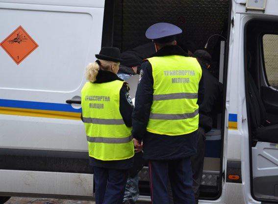 У Львові на залізничній станції шукали вибухівку (ФОТО, ВІДЕО) (фото) - фото 6