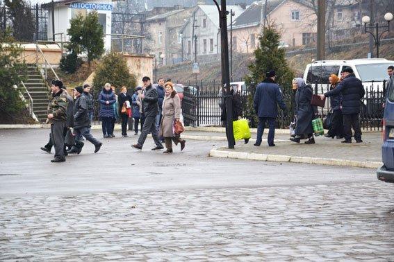 У Львові на залізничній станції шукали вибухівку (ФОТО, ВІДЕО) (фото) - фото 2