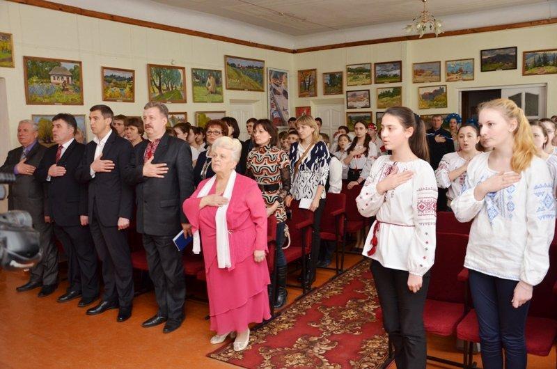 Ексклюзивний альбом презентували на батьківщині Кобзаря (фото) - фото 7