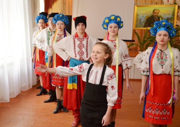 Ексклюзивний альбом презентували на батьківщині Кобзаря (фото) - фото 2