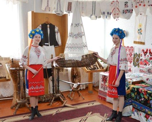 Ексклюзивний альбом презентували на батьківщині Кобзаря (фото) - фото 1
