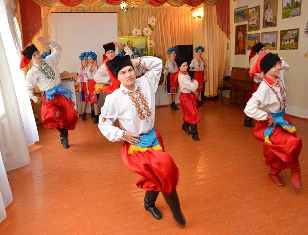 Ексклюзивний альбом презентували на батьківщині Кобзаря (фото) - фото 4