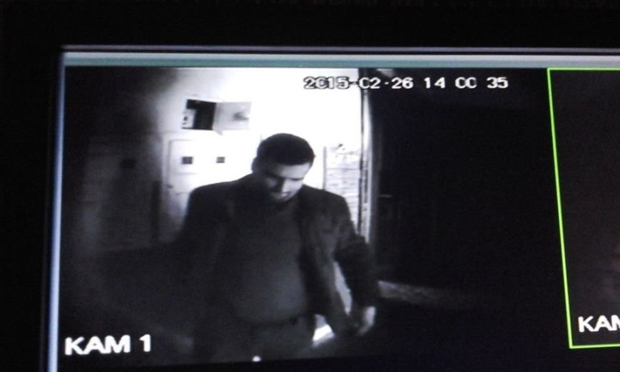 У Львові розшукують злодія, який обікрав підвал (ФОТО), фото-1