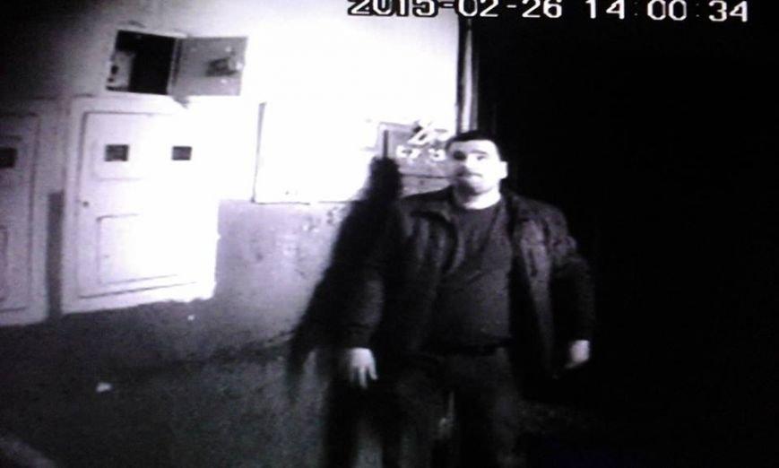 У Львові розшукують злодія, який обікрав підвал (ФОТО), фото-2