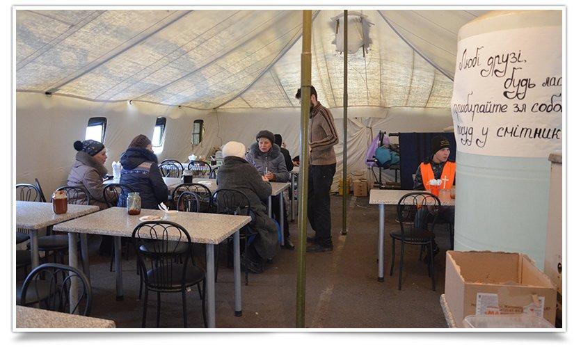 Поток переселенцев в Славянск уменьшился до 20 человек в сутки (фото) - фото 1