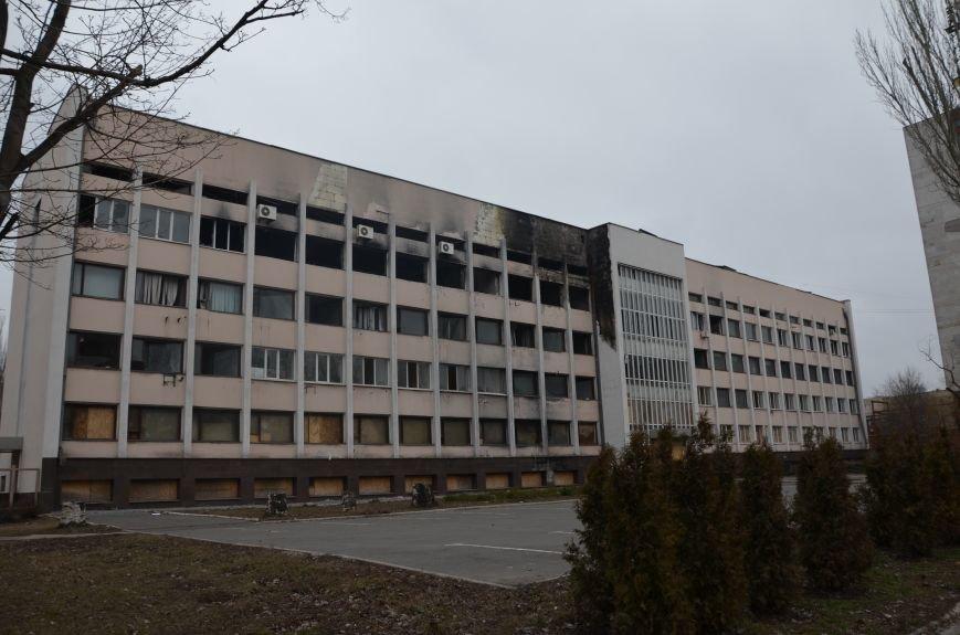 Реконструкция здания Мариупольского горсовета оказалась под вопросом (ФОТО), фото-1
