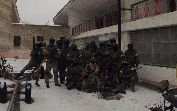 Вечером боевики дважды обстреляли Широкино (фото) - фото 1