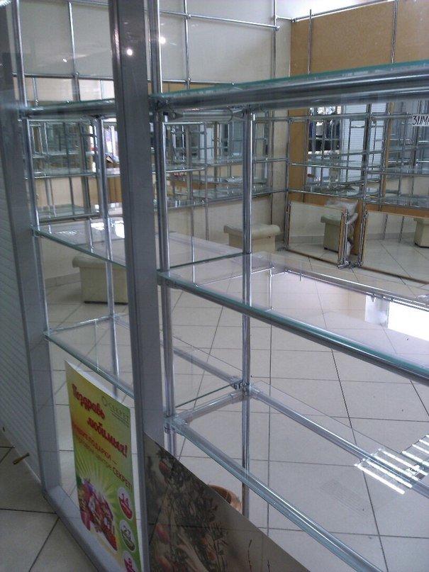 Фотофакт:торговый армагеддец. В торговом центре «Секрет» опустели роллеты (фото) - фото 7