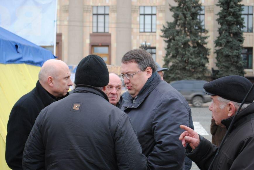 На Вече Евромайдана предложили установить памятник жертвам теракта на Маршала Жукова, и назвать в их честь станцию метро (ФОТО+ВИДЕО), фото-8