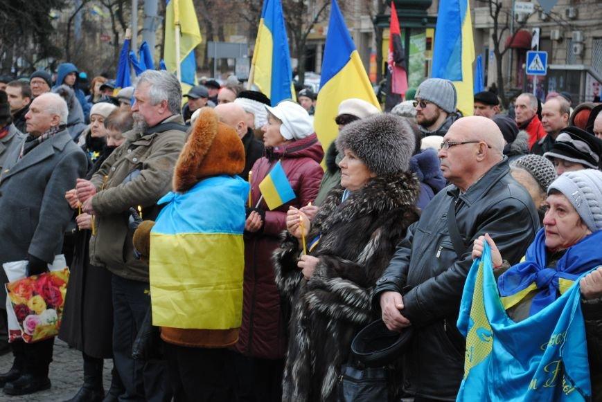 Около памятника Шевченко харьковчане почтили память Бориса Немцова и прошел молебен (ФОТО+ВИДЕО), фото-8