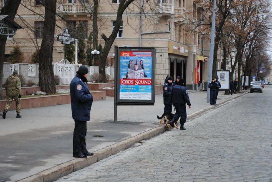 Около памятника Шевченко харьковчане почтили память Бориса Немцова и прошел молебен (ФОТО+ВИДЕО), фото-4