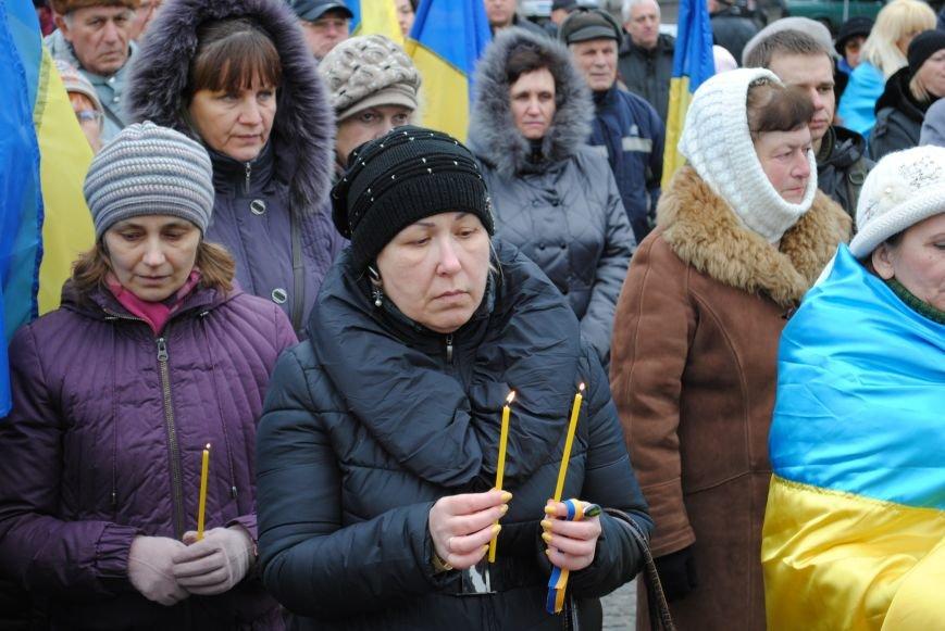 Около памятника Шевченко харьковчане почтили память Бориса Немцова и прошел молебен (ФОТО+ВИДЕО), фото-14