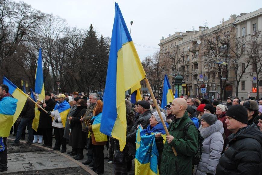 Около памятника Шевченко харьковчане почтили память Бориса Немцова и прошел молебен (ФОТО+ВИДЕО), фото-9