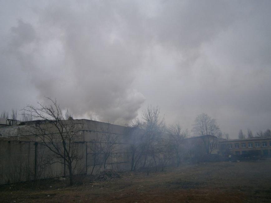 Сегодня «Гарант-Сервис» накрыл густым дымом м-н «Молодежный» в Димитрове (ФОТО+ВИДЕО) (фото) - фото 21