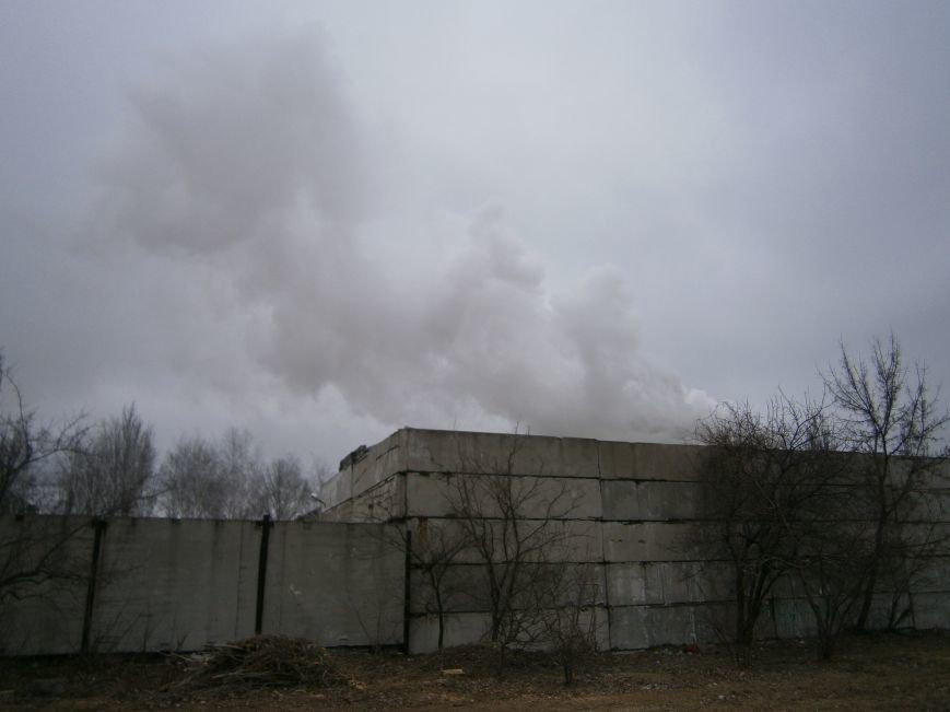 Сегодня «Гарант-Сервис» накрыл густым дымом м-н «Молодежный» в Димитрове (ФОТО+ВИДЕО) (фото) - фото 16