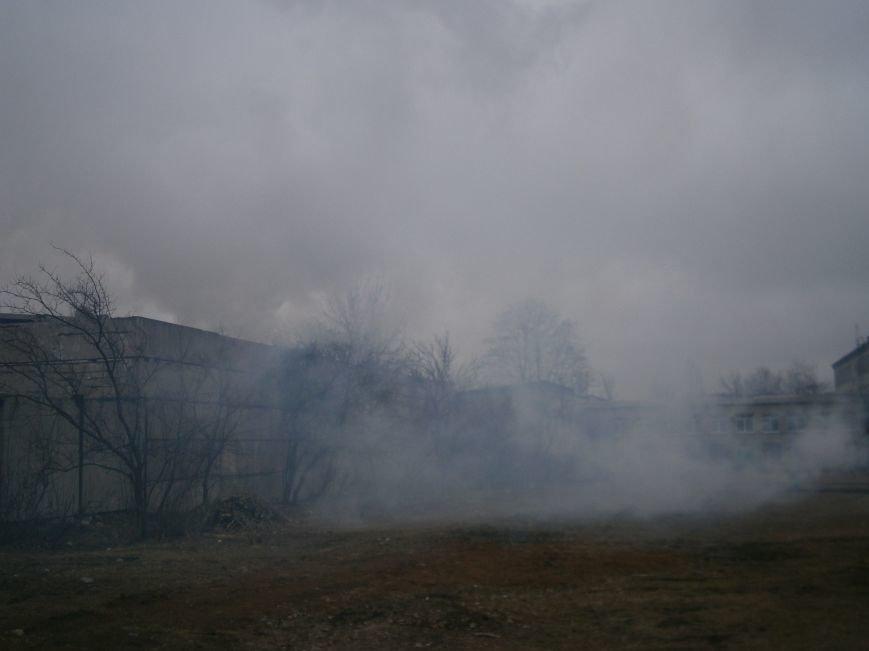 Сегодня «Гарант-Сервис» накрыл густым дымом м-н «Молодежный» в Димитрове (ФОТО+ВИДЕО) (фото) - фото 22