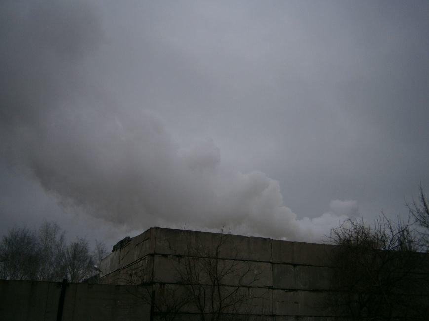 Сегодня «Гарант-Сервис» накрыл густым дымом м-н «Молодежный» в Димитрове (ФОТО+ВИДЕО) (фото) - фото 13