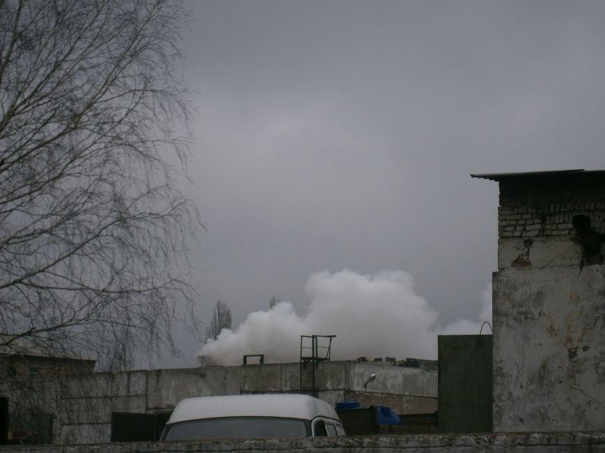 Сегодня «Гарант-Сервис» накрыл густым дымом м-н «Молодежный» в Димитрове (ФОТО+ВИДЕО) (фото) - фото 7