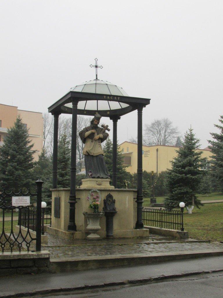 1 березня проведено відкриту екскурсію Ужгородом: «Кладовища Ужгорода» (ФОТО) (фото) - фото 20