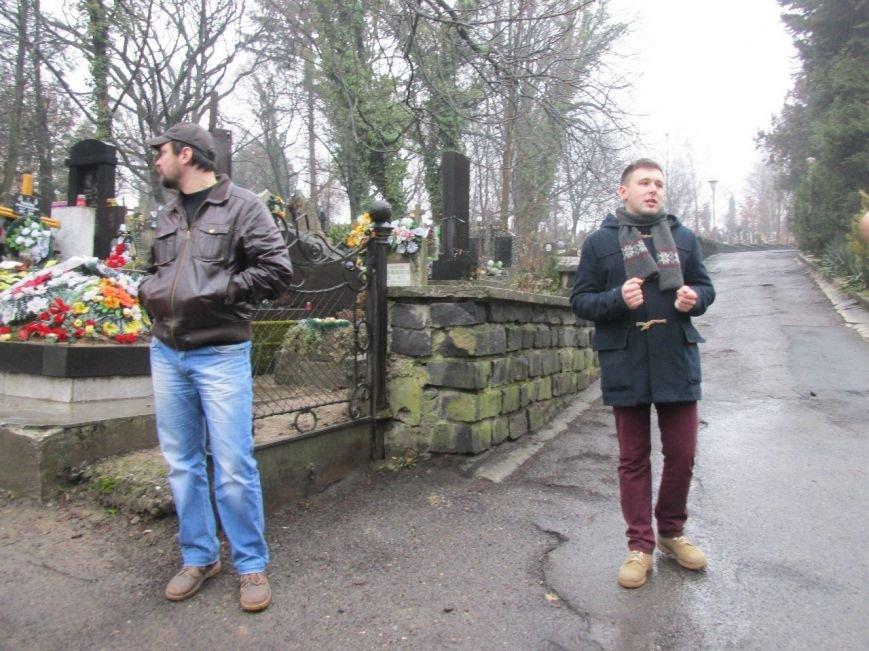 1 березня проведено відкриту екскурсію Ужгородом: «Кладовища Ужгорода» (ФОТО) (фото) - фото 6