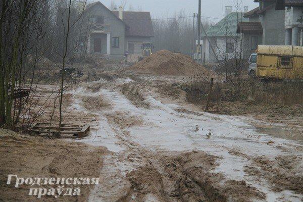 В гродненском частном секторе дороги превратились в болото (Фото) (фото) - фото 5