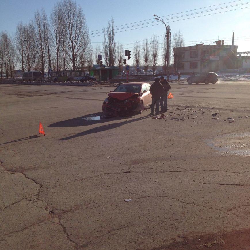 Утренняя авария на проспекте Филатова (фото) - фото 3