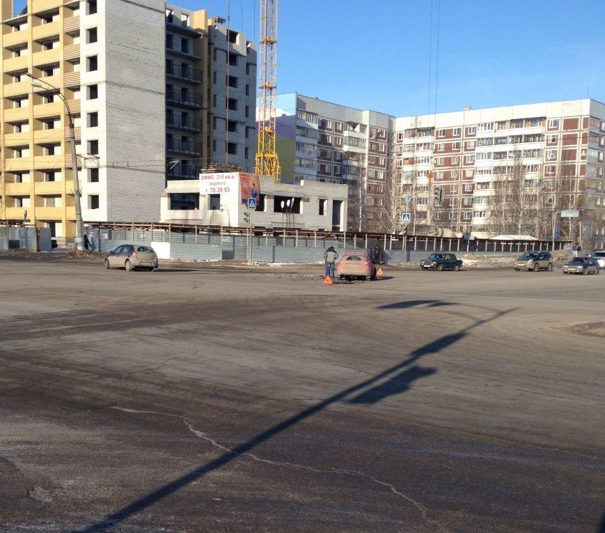 Утренняя авария на проспекте Филатова (фото) - фото 1