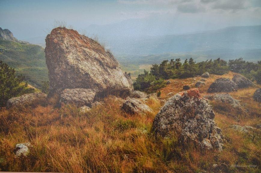 На открывшейся в Симферополе фотовыставке можно полюбоваться крымскими пейзажами (ФОТО), фото-1