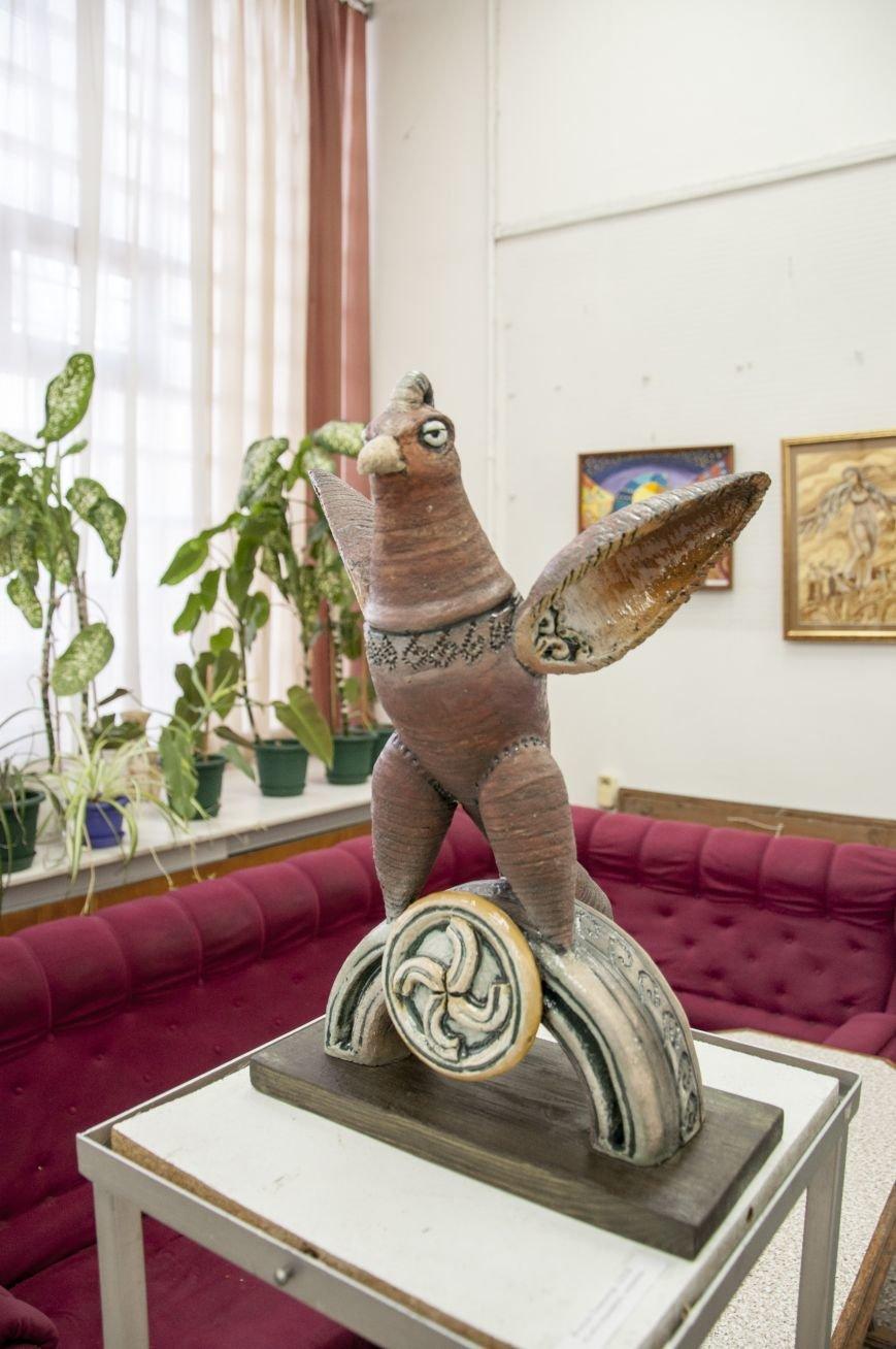 ФОТОРЕПОРТАЖ: В Запорожье художественную выставку посвятили птице – как символу Украины, фото-5