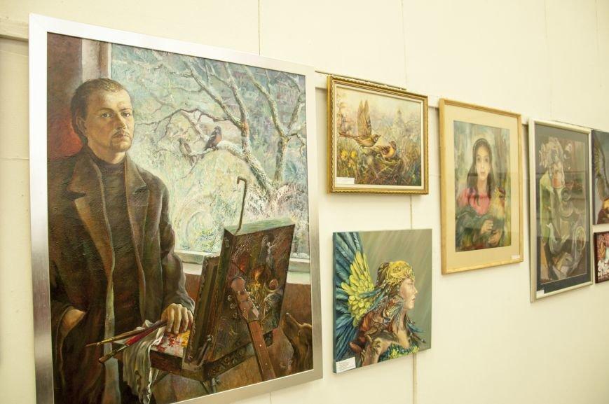 ФОТОРЕПОРТАЖ: В Запорожье художественную выставку посвятили птице – как символу Украины, фото-2