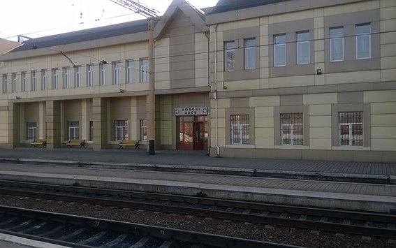 На станции Красноармейск фильтрационная группа проводит проверку подозрительных людей и предметов (фото) - фото 8