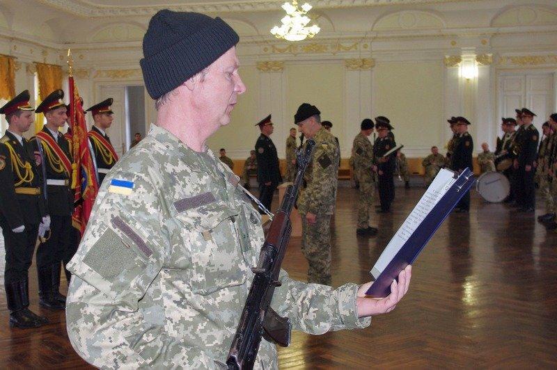 Офицеры запаса в Одессе приняли присягу на верность Украине (ФОТО) (фото) - фото 3