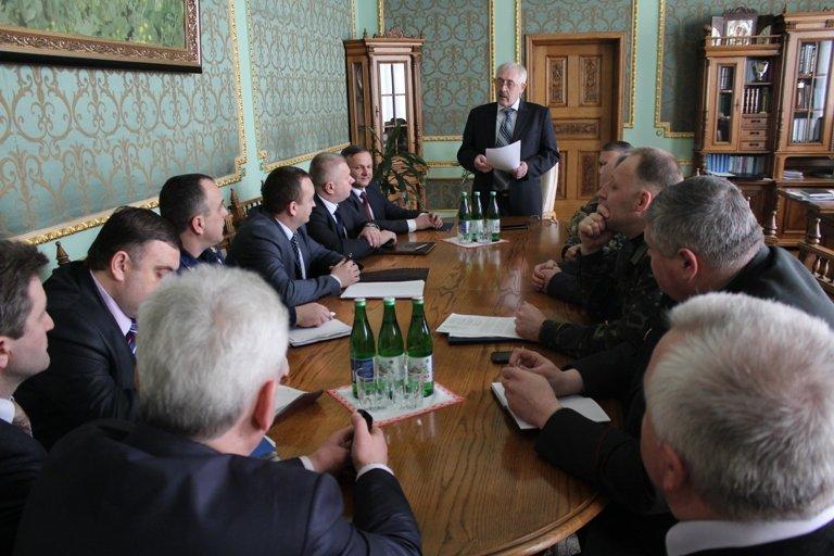 На Буковині представили нового начальника Чернівецького прикордонного загону (фото) - фото 1